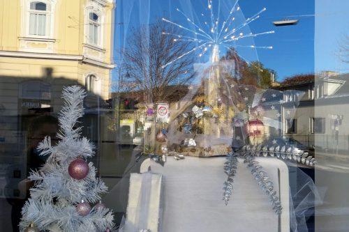 Auslagengestaltung-Schaufenstergestaltung-Weihnachten-Kratschmann-Baden