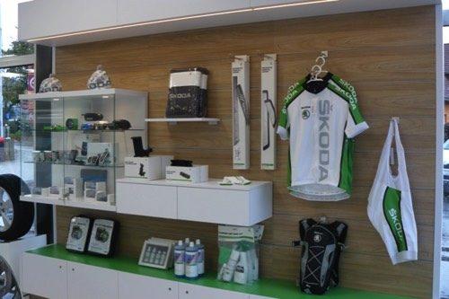 Merchandising-Skoda-Wolfsberg-Imagio-Leoben-Visual-Merchandising-Dekoration-Vitrinengestaltung-Schaufenstergestaltung3