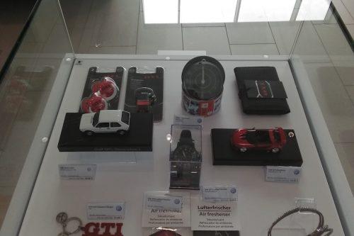 Merchandising-VW-Imagio-Leoben-Visual-Merchandising-Dekoration-Vitrinengestaltung-Schaufenstergestaltung10