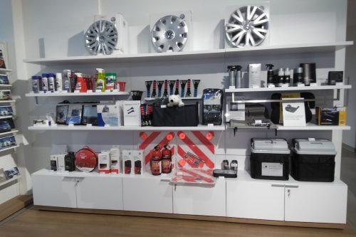 Merchandising-VW-Imagio-Leoben-Visual-Merchandising-Dekoration-Vitrinengestaltung-Schaufenstergestaltung4