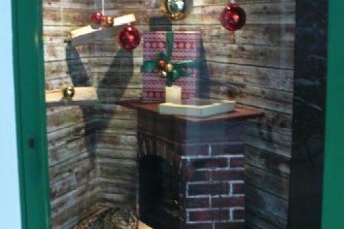 Weihnachtsdekoration-Schaufenster-Deko-Dekoration-Leoben-Schaufenstergestaltung-Imagio-Merchandising-Hotel-Kongress-Leoben2
